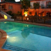 Photo taken at Costa D'Oiro Ambiance Village Hotel Lagos (Portugal) by Antonio C. on 4/16/2011
