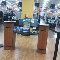 Photo taken at Walmart Supercenter by Eddie R. on 2/12/2012