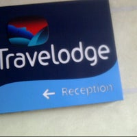 Photo taken at Travelodge by Vic C. on 3/12/2012