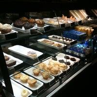 5/16/2012 tarihinde Luisa C.ziyaretçi tarafından Starbucks'de çekilen fotoğraf