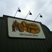 Photo taken at Cracker Barrel Old Country Store by Ben L. on 5/14/2011