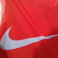 5/7/2012 tarihinde Aся Ш.ziyaretçi tarafından Nike'de çekilen fotoğraf