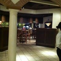Foto scattata a Olive Garden da Jennifer T. il 2/12/2012