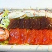 8/24/2012 tarihinde José R.ziyaretçi tarafından Beef & Sushi'de çekilen fotoğraf