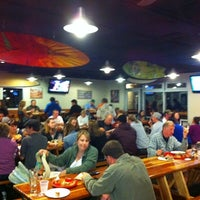 Photo prise au Pizza Port Brewing Company par Jason B. le3/3/2012