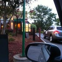 Photo taken at Starbucks by Joe M. on 8/13/2011