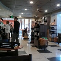 Photo taken at Starbucks by Duffee M. on 9/12/2012