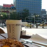 5/7/2012 tarihinde Altan K.ziyaretçi tarafından Starbucks'de çekilen fotoğraf