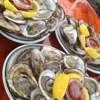 Photo taken at SoNo Seaport Seafood by lelelelelelelen on 8/3/2012