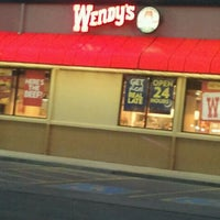 Photo taken at Wendy's by Traci Lu T. on 1/18/2012