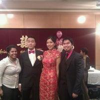 Photo taken at Jade Restaurant 玉庭軒 by Love Tree Photography B. on 11/27/2011