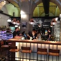 4/27/2012 tarihinde Zoltan B.ziyaretçi tarafından innio restaurant and bar'de çekilen fotoğraf