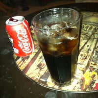 7/5/2012 tarihinde Tolga E.ziyaretçi tarafından Zehra Nargile Cafe'de çekilen fotoğraf