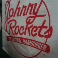 Photo taken at Johnny Rockets by Williamson D. on 10/14/2011