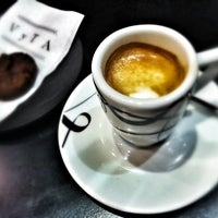 4/15/2012にMarziaがVyTA Boulangerie Italianaで撮った写真