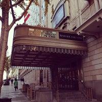 11/9/2011 tarihinde Frank G.ziyaretçi tarafından Warner Theatre'de çekilen fotoğraf