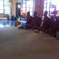 Photo taken at Wat Si Wanophat Sathitporn by นงนารถ ส. on 8/4/2012
