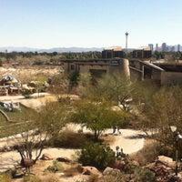Das Foto wurde bei Springs Preserve von Deb R. am 3/4/2012 aufgenommen
