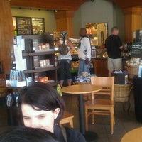 Снимок сделан в Starbucks пользователем Cheryl 7/24/2011
