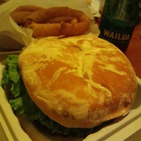Photo taken at Teddy's Bigger Burgers by Aya Y. on 10/28/2011