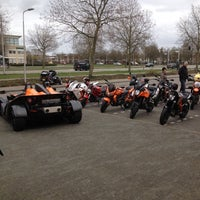 Photo taken at Vos Oss Motoren by Jordy v. on 3/31/2012