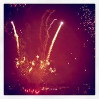 Das Foto wurde bei Macy's 4th of July Fireworks von Aleks I. am 7/5/2011 aufgenommen