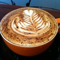 2/1/2012 tarihinde Kirsten M.ziyaretçi tarafından Bucket Cafe'de çekilen fotoğraf