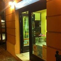 Foto scattata a Carducci Cafè & Pizza da Giorgio Maxwell M. il 9/26/2011