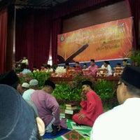 Photo taken at Dewan Mpjbt by A.F on 8/19/2011