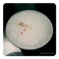 Das Foto wurde bei Wally's - Coffee & More von Andre_Hell am 2/28/2012 aufgenommen