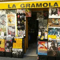 Photo taken at La Gramola by Aitor S. on 12/21/2011