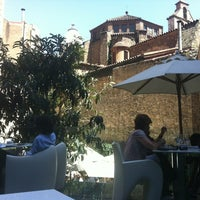Foto tomada en Olivia Plaza Hotel por Cristian O. el 6/22/2012