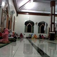 Photo taken at Masjid At-Taufik by Ririn on 11/29/2011