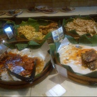 Photo taken at Warung Nasi Ampera by Priscilla T. on 8/27/2012
