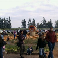 Photo taken at Fir Point Farms by Rachel K. on 10/16/2011