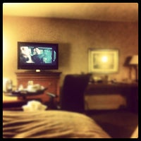 Photo taken at Sheraton Ottawa Hotel by DK A. on 3/17/2012
