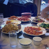 Photo taken at Full House Seafood Restaurant by Jonathan C. on 4/14/2012