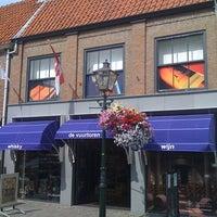 Photo taken at Slijterij-Wijnhandel de Vuurtoren Sluis by Frank on 8/20/2012