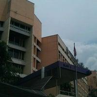 Photo taken at Kementerian Pembangunan Wanita, Keluarga dan Masyarakat (KPWKM) by Suria Kencana H. on 8/25/2011