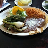 Photo taken at Tacos Don Chente by Joaquin H. on 4/22/2012