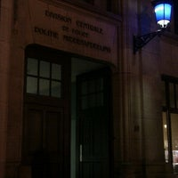 Photo taken at Centraal Commissariaat Politie Brussel / Commissariat Central de Police de Bruxelles by Fab .. on 8/12/2011
