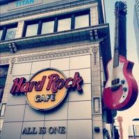 Photo taken at Hard Rock Cafe Toronto by Katya R. on 5/28/2012