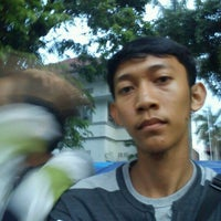 Photo taken at Halte TransJogja Malioboro 1 by Andrie F. on 1/5/2012