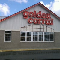 Photo taken at Golden Corral by RICH C. on 8/1/2012