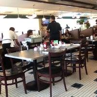Photo taken at Lester's Diner by SHUSH on 7/14/2012