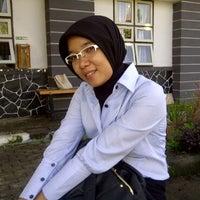 Photo taken at Lembaga Pemasyarakatan (Lapas) Wanita Sukamisin by Desrita S. on 5/3/2011