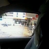 Photo taken at Shell (Hock Hoe Hin Hong Kee Sdn. Bhd.) by Noni J. on 7/17/2012