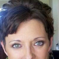 รูปภาพถ่ายที่ Walgreens โดย Wendy J. เมื่อ 3/19/2012