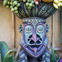 Photo taken at Enchanted Tiki Room by Alden Lono P. on 4/10/2012