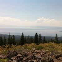 Снимок сделан в Tahoe Rim Trail / Brockway Summit пользователем Christopher P. 8/15/2012